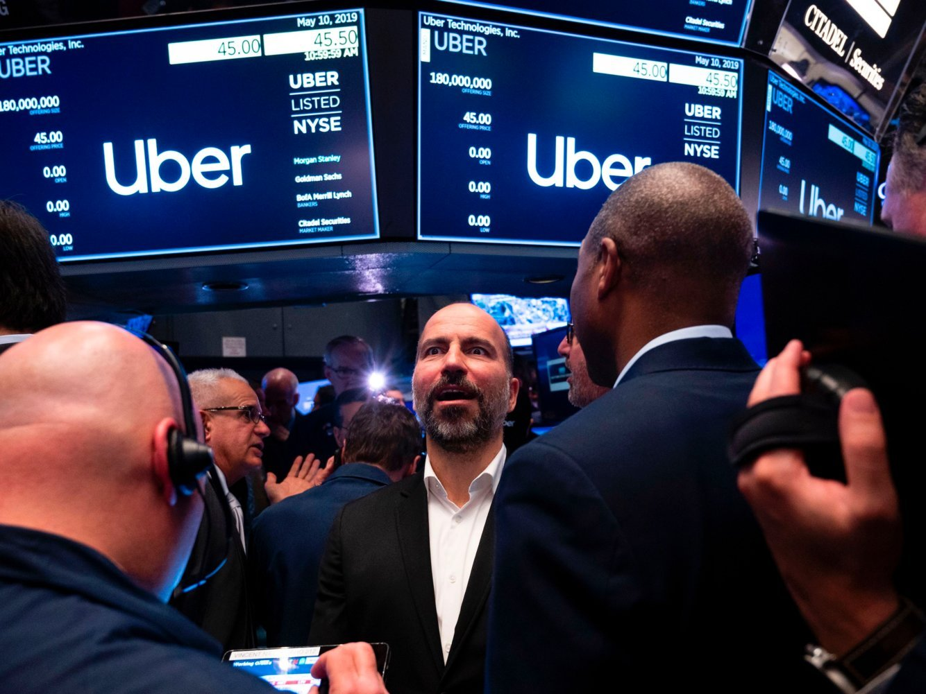 RIDE-HAILING IN HEALTHCARE: Uber and Lyft are aiming to solve the $150 billion annual problem of US medical transport — here's why automakers should enter the fray