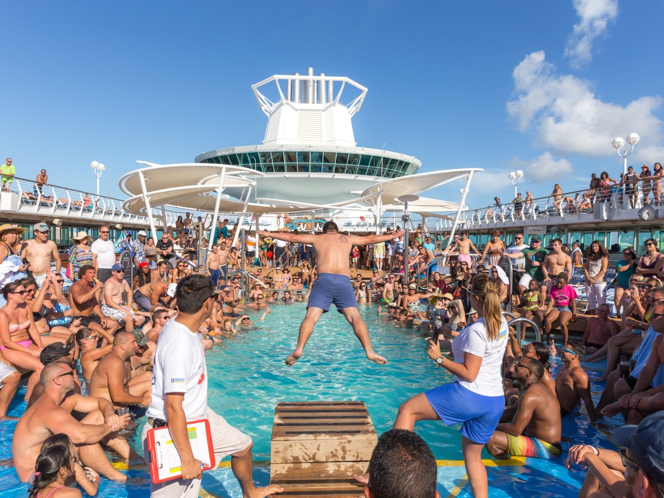 8 things cruise-ship workers want to tell passengers but can't