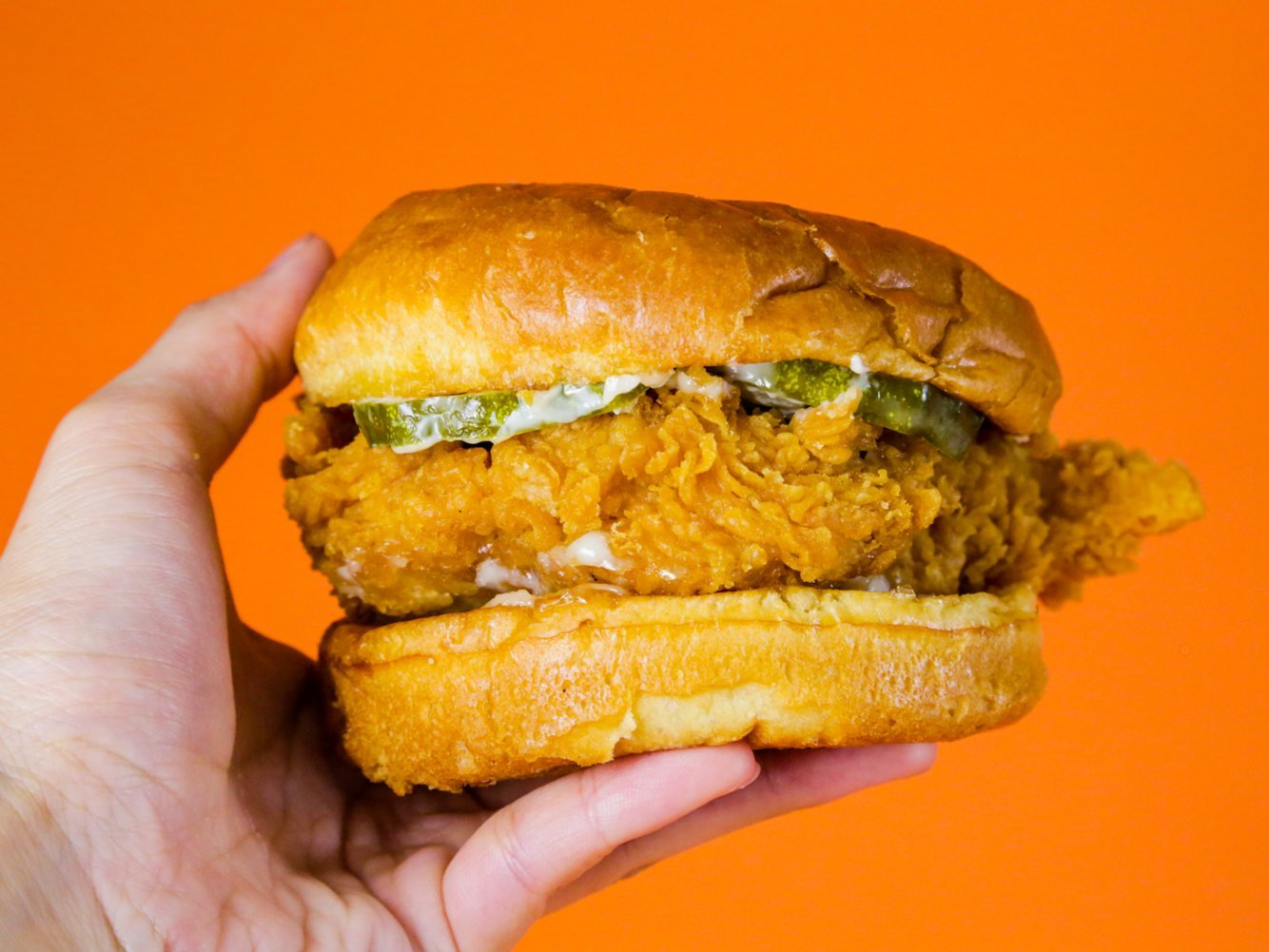 Social-media battles, massive crowds, and overworked employees: Inside the rise and fall of Popeyes' chicken sandwich