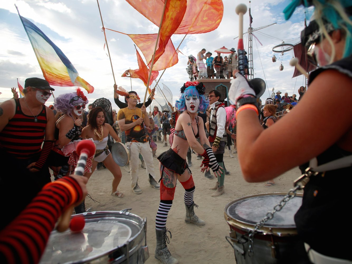 I'm a kosher-eating, Shabbat-observing, drug-fearing orthodox Jew who attended Burning Man — here's how it helped me overcome my introversion