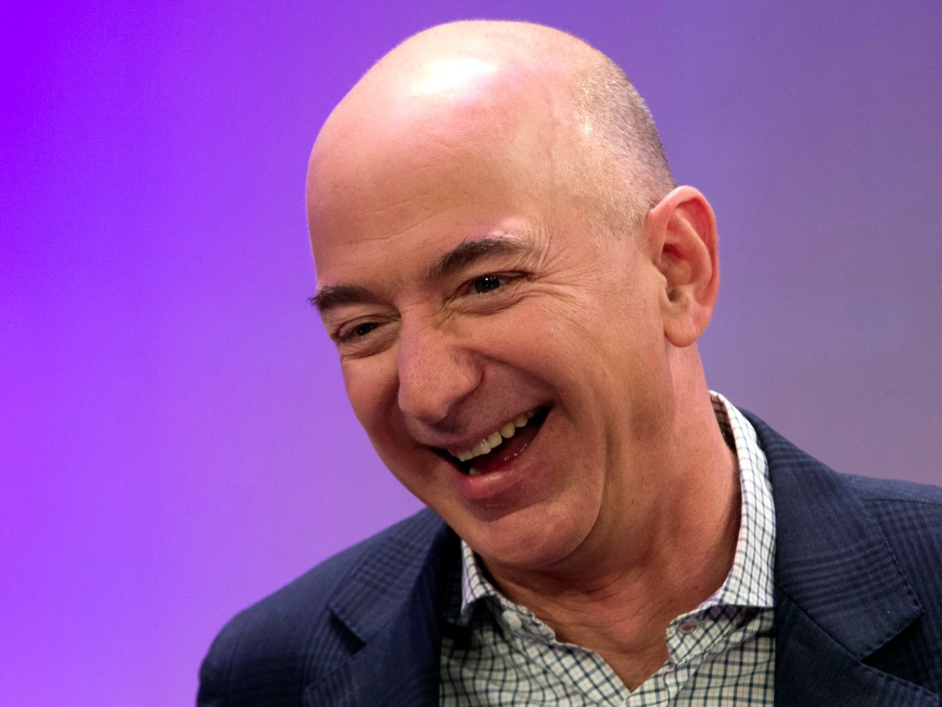 Jeff Bezos and his early Amazon employees used desks made out of recycled doors, and the reason behind it helps explain why Amazon became so successful
