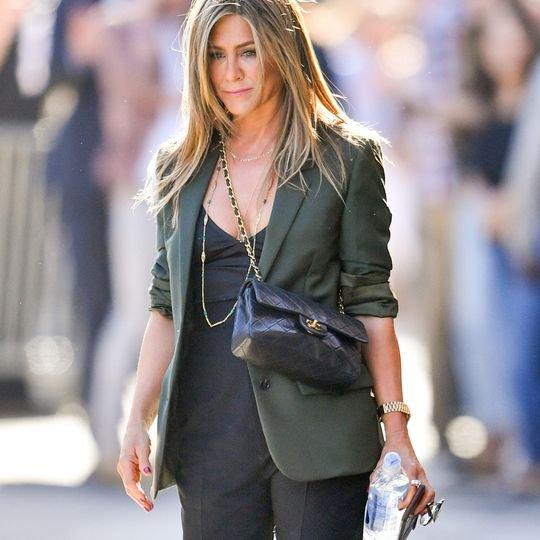 If I Went Fall Shopping With Jennifer Aniston, I'd Suggest These 7 Basics