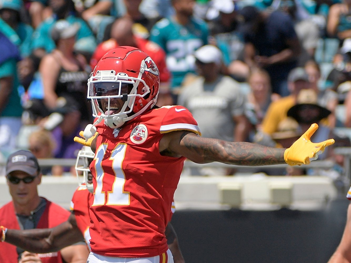 Top 15 waiver-wire pickups for Week 3 of fantasy football