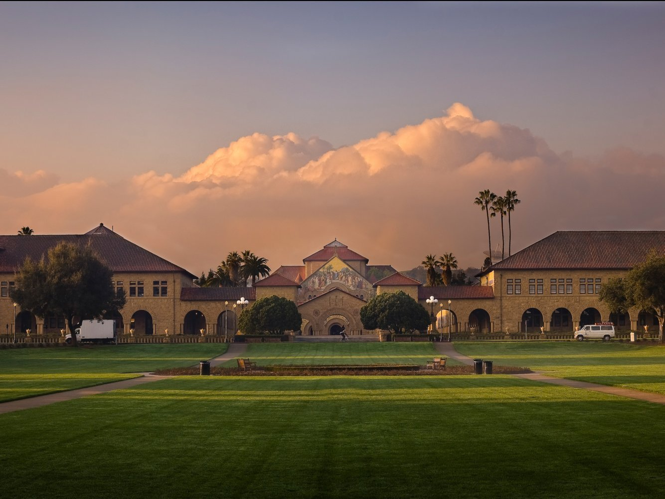 Here's exactly what it takes to get accepted into Stanford Graduate School of Business, according to 6 grads and the assistant dean of admissions