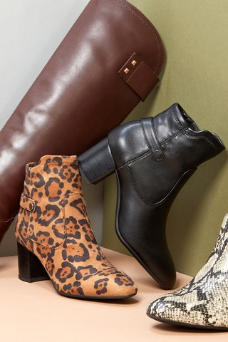 Franco Sarto Up to 60% Off | Shop Now