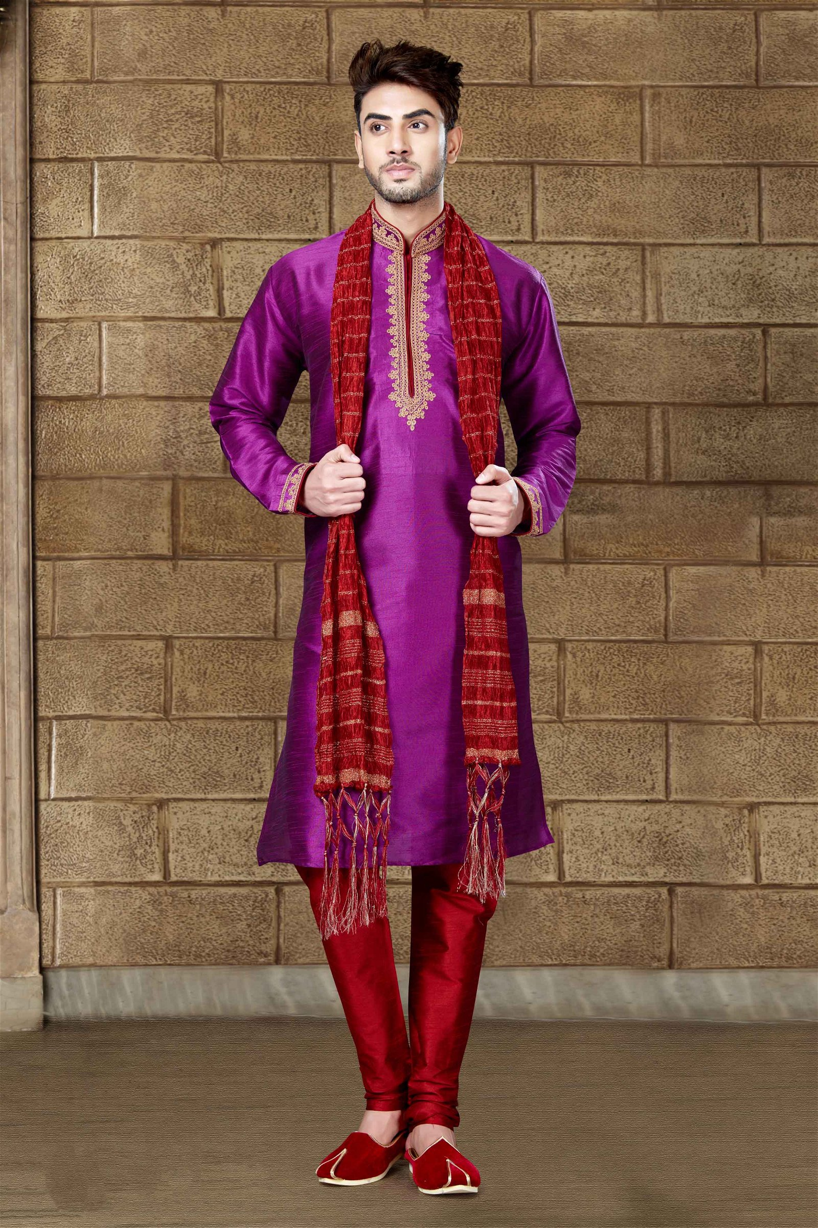 Art Dhupion Kurta Pajama In Magenta Colour