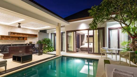 Private Pool Villa Escape with Gourmet Dining and Massages