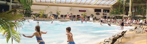 Wisconsin Water-Park Resort with Activity Passes