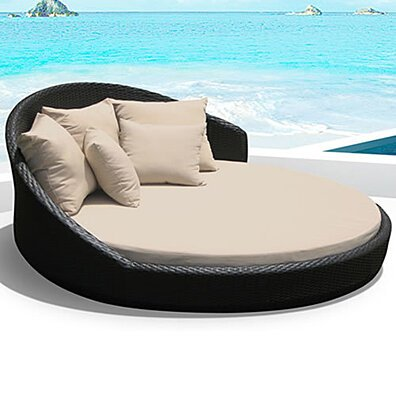 O-Lounge Outdoor Patio Wicker Round Double Bed Set