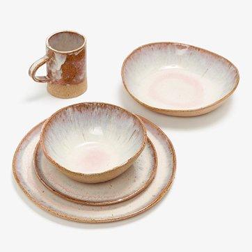 danny kaplan studio dinnerware in pink moon