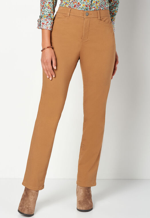 Signature Slimming Straight Jean Average Relaxed Fit