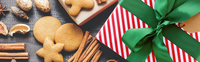 Gift Guide: Traditional Holiday Gift Packaging