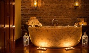 Pamper Package with Prosecco