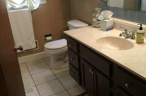 How to transform your outdated, ugly bathroom in just 2 steps