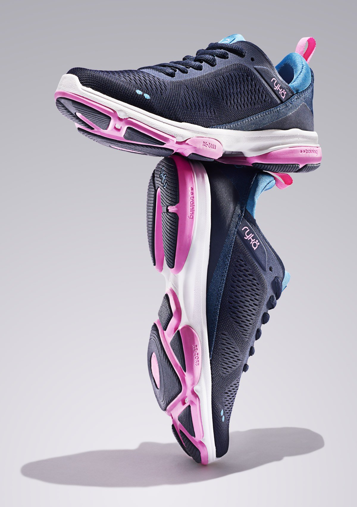 Propel your workout with a NEW update to our fan-favorite, award-winning Devotion XT training shoe.