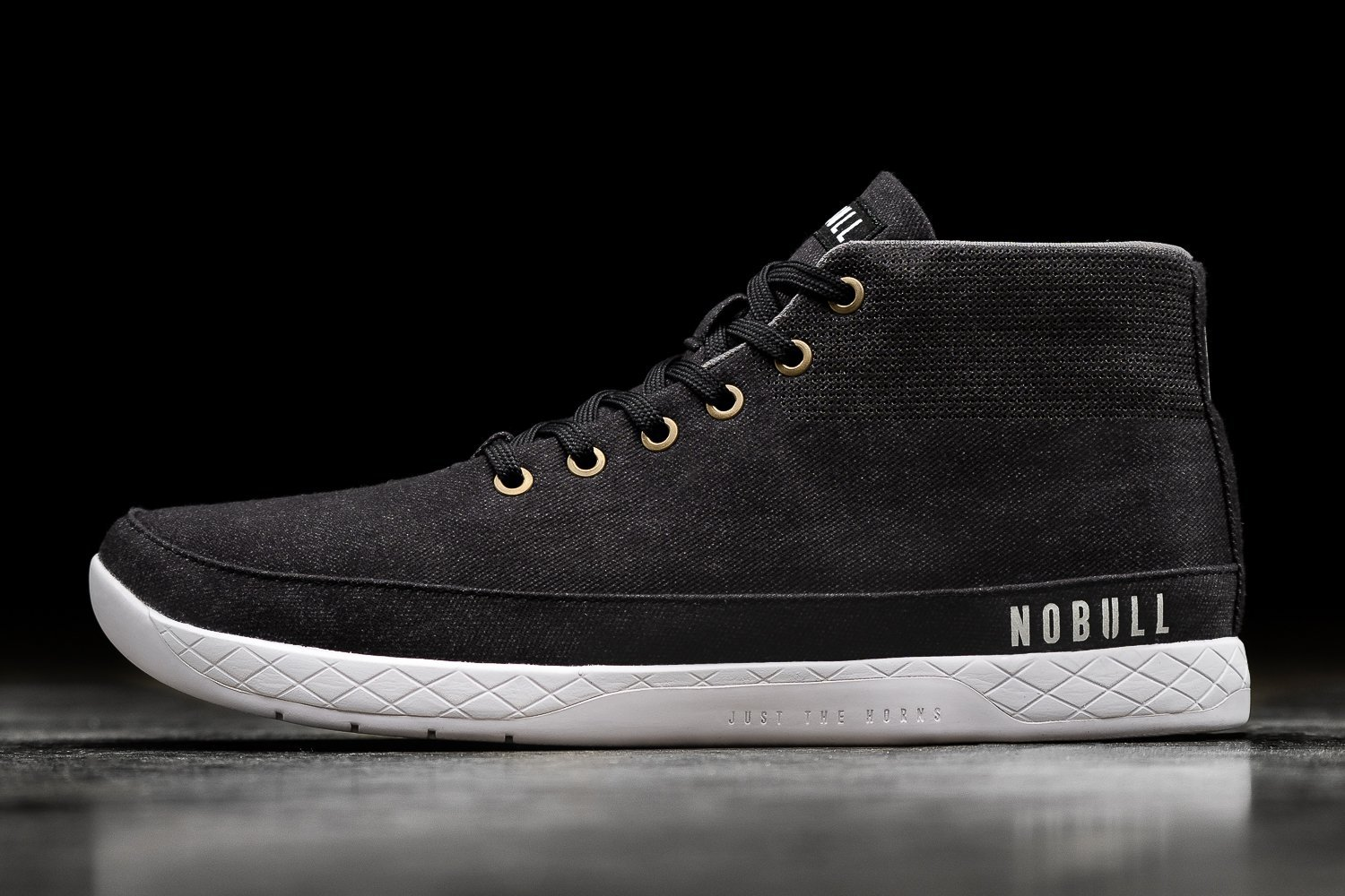 NOBULL: Canvas Mid Trainers, back in