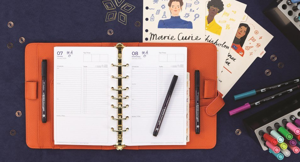 FranklinCovey Compact Universal Yearly Foldout Calendar 2020
